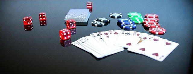 poker-1564042_640-min